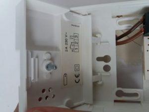 Termostato para aire acondicionado en el hogar